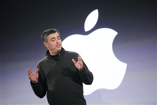 Eddy Cue, vice president of Apple, attends the launch of The Daily, Wednesday, Feb. 2, 2011 in New York. The Daily is the world's first iPad-only newspaper. (AP Photo/Mark Lennihan)