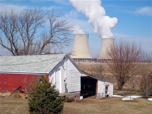 This March 16, 2011 photo shows steam rising from cooling towers at Exelon Corp.'s nuclear plant in Byron, Ill. Illinois has six nuclear plants, with a total of 11 reactors, more than any other state in the U.S. in 2010. Exelon, which has acknowledged violating Illinois state groundwater standards, agreed to pay $1.2 million to settle state and county complaints over the tritium leaks in Illinois' Braidwood, Dresden and Byron sites. The NRC also sanctioned Exelon. (AP Photo/Robert Ray)